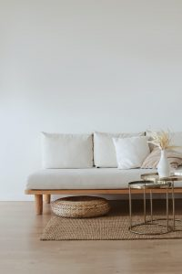 How Much Should You Spend on Furnishings