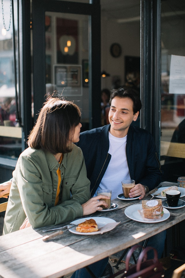 How to Date Without Breaking the Bank